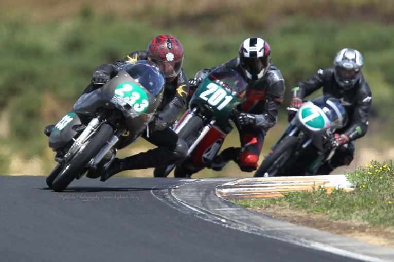 Chris Swallow, Eldee Velocette, racing, Eldee Special, Race 2, Hampton Downs, NZCMRR Classic Bike racing event, HighSide Photography, 2013, Phil Purdue, MagentaDot Brands