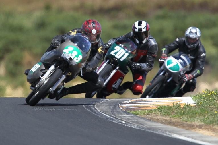 Chris Swallow, Eldee Velocette, racing, Eldee Special, Race 2, Hampton Downs, NZCMRR Classic Bike racing event, HighSide Photography, 2013, Phil Purdue, MagentaDot Brands