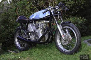 k Thomson, Eldee-2, lightweight, Velocette special, front three-quarter elevation, starboard-side, photography, MagentaDot Brands