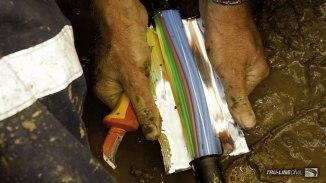 Splicing fibre-optic cable