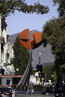 Nucleus. Kinetic sculpture by Phil Price.