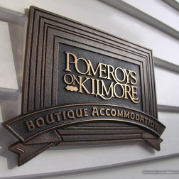Pomeroys_Bo_cast_bronze_multi-level_sign-01