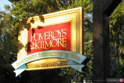 Pomeroys_Boutique_Accommodation_Sign_and_logo-7