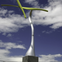 Warbler. Kinetic sculpture by Phil Price.