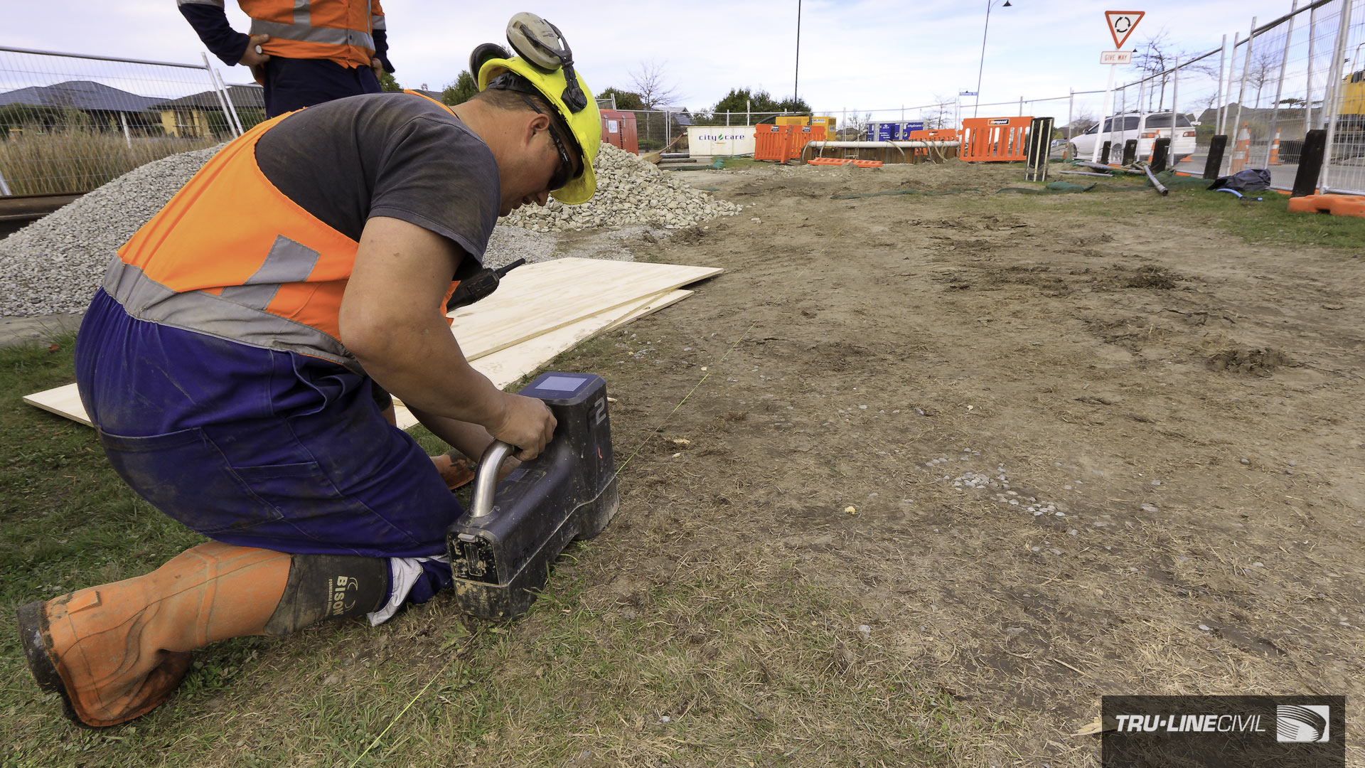 Horizontal Directional Drilling, Tru-Line Civil, documentary photography, Parklands West, Christchurch, New Zealand, Gravity Wastewater Replacement, HDD