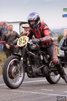 Bluff HIll Climb, BSA Goldstar 500, Burt Munro Challenge, Classic Pre '63, Flagstaff Road, Graham Peters, Motupohue, New Zealand, NZ Hill Climb Champs, Rider 85, start finish line