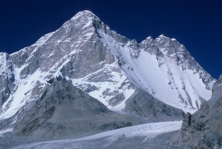Mukut_Parbat_Himalaya
