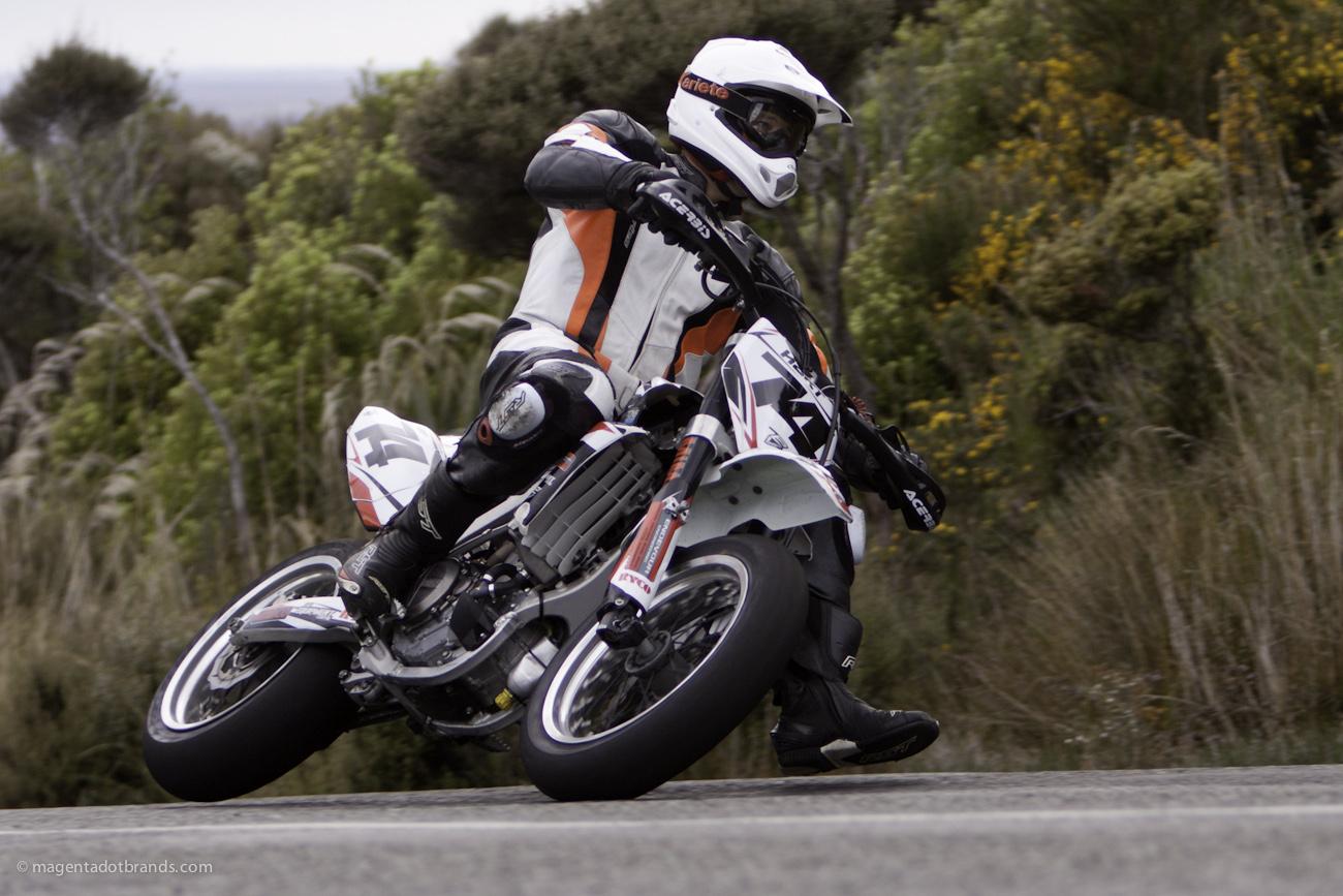 Bluff HIll Climb, Duncan Hart, Motupohue, New Zealand, Bluff Promotions NZ Hill Climb Champs, Rider 74, Up to 600cc, Burt Munro Challenge 2015,10 year Anniversary event, Thursday 26 November 2016, Yamaha YZF 450