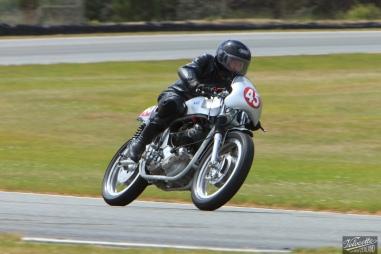 Burt Munro Challenge, Classic Motorcycle Racing, Classic Pre '63, New Zealand, Norton 650 SS, Peter Mills, Rider 45, Teretonga Circuit races