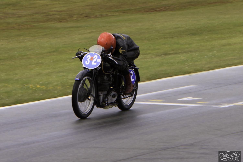 Burt Munro Challenge, Chris Swallow, Classic Pre '63 with Girder Forks, KTT 350, KTT MK VIII, Rider 32, Teretonga Circuit races, Velocette