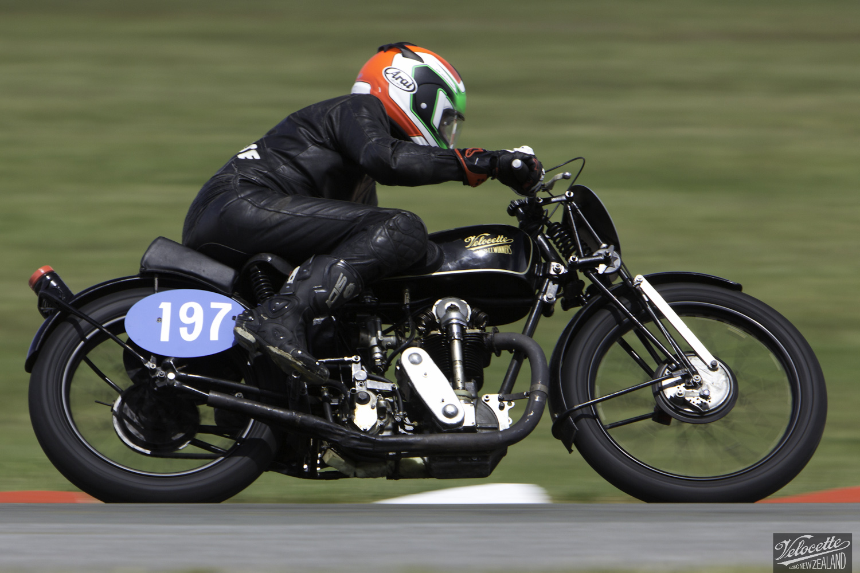 Burt Munro Challenge, Classic Pre '63 with Girder Forks, KTT 350, KTT MK IV, Phil Price, Rider 197, Teretonga Circuit races, Velocette