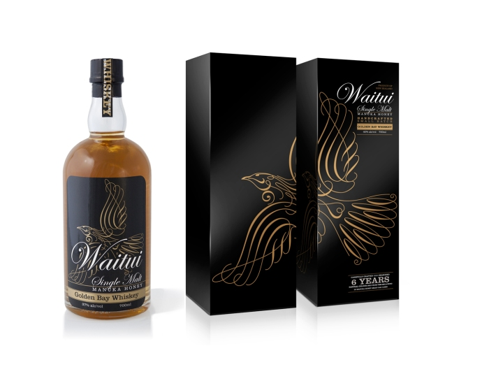Waitui bottle labelling and gift packaging