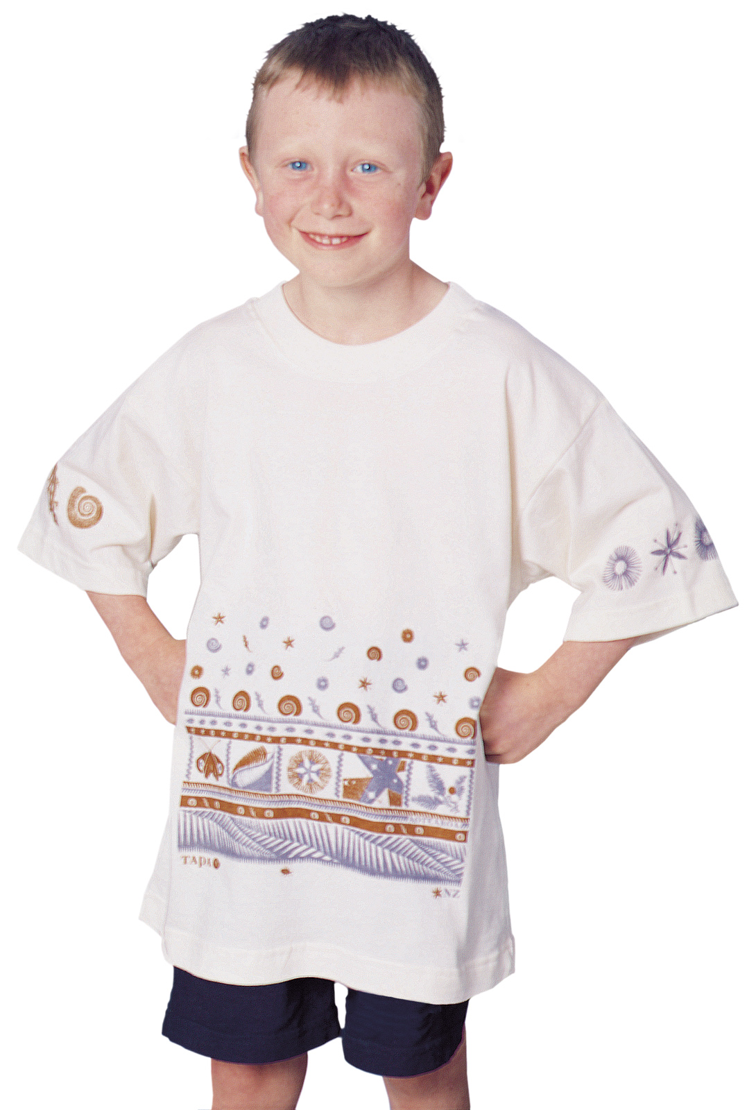'Tapa NZ' children's T-shirt on unbleached cotton fabric.