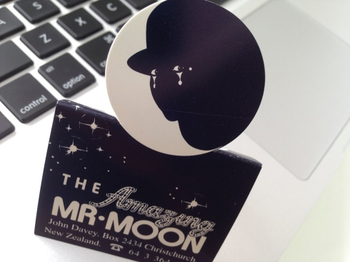 The_Amazing_Mr_Moon_business_card-4926