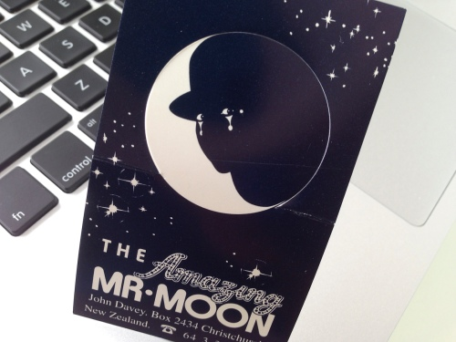 The_Amazing_Mr_Moon_business_card-4930