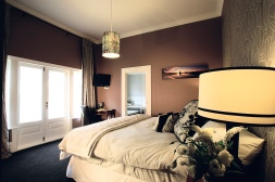 Pomeroy's on Kilmore Boutique Accommodation guest room 1 of 4.