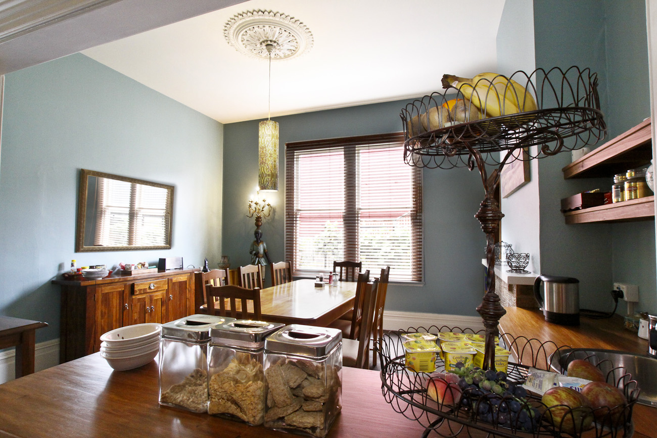Pomeroy's on Kilmore Boutique Accommodation guest's dining room