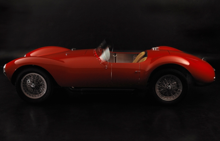 Barchetta 1953 left.