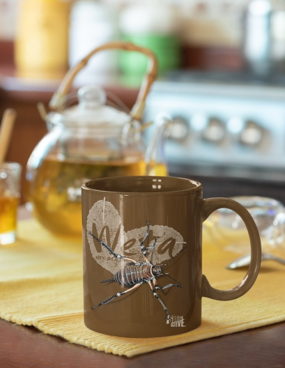 an-11-oz-weta-New-Zealand-mug-featuring-a-tea-set-33827
